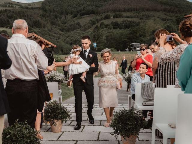 La boda de Arkaitz y Lorena en Yanci/igantzi, Navarra 38