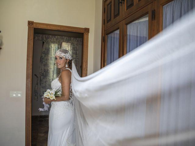 La boda de José Antonio y María Isabel en Puerto Serrano, Cádiz 12