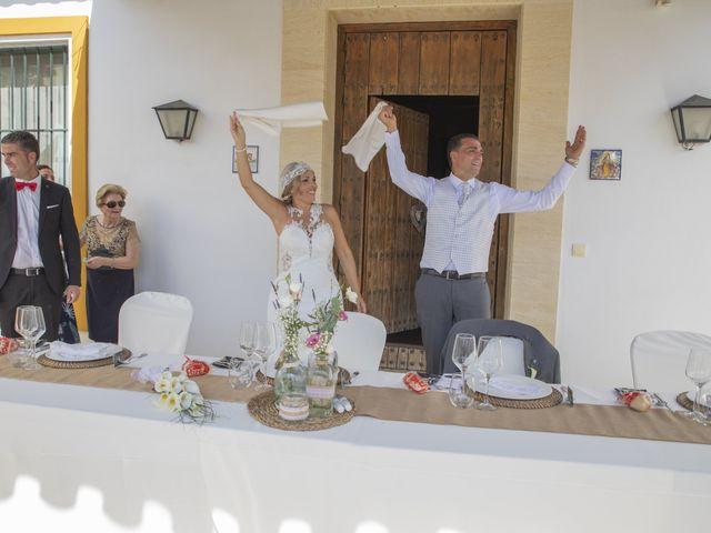 La boda de José Antonio y María Isabel en Puerto Serrano, Cádiz 22