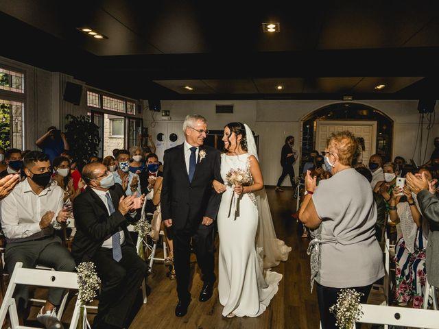 La boda de Sergi y Neus en Castellar Del Valles, Barcelona 17