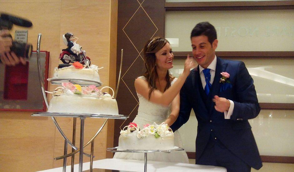 La boda de Oscar y Bea  en Benidorm, Alicante