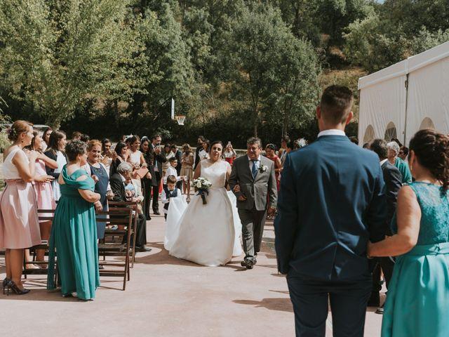 La boda de Jose y Ainhoa en Quintana De Fuseros, León 25
