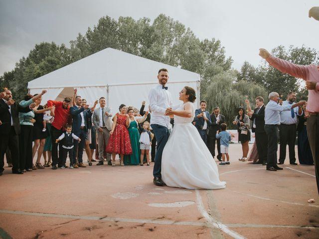La boda de Jose y Ainhoa en Quintana De Fuseros, León 51