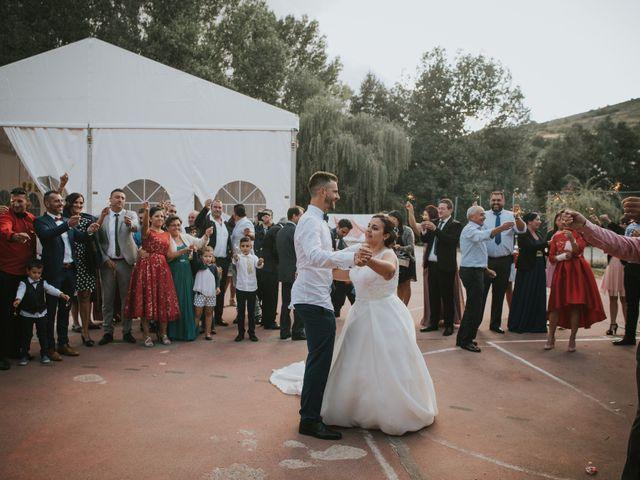 La boda de Jose y Ainhoa en Quintana De Fuseros, León 52