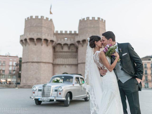 La boda de Esther y Reyes en Valencia, Valencia 17