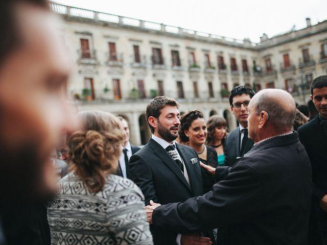 La boda de Asier y Rocio en Vitoria-gasteiz, Álava 24