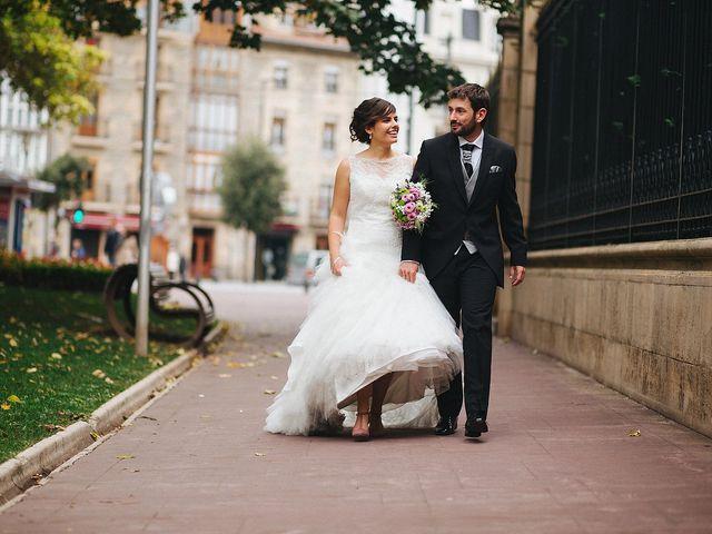 La boda de Asier y Rocio en Vitoria-gasteiz, Álava 33