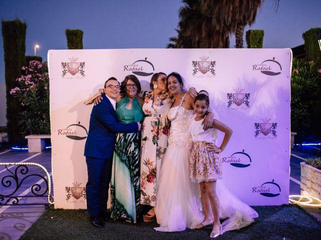 La boda de Adrian y Desiré en Huelva, Huelva 18