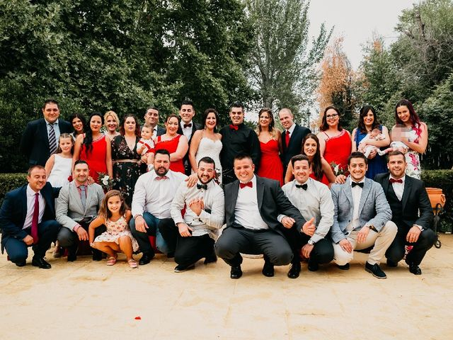 La boda de Javier y Maria en Villanueva De Perales, Madrid 1