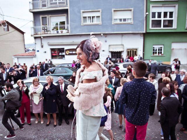 La boda de José y María en Boiro (Boiro), A Coruña 12