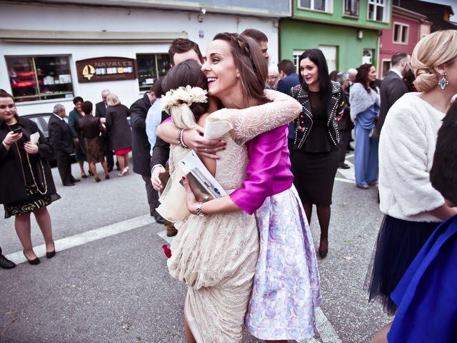 La boda de José y María en Boiro (Boiro), A Coruña 14