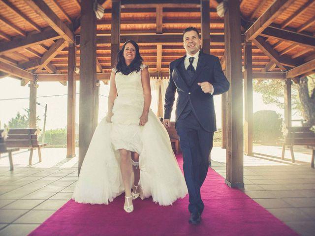 La boda de Toni y Laura en Terrassa, Barcelona 16
