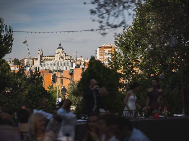 La boda de David y Raquel en Madrid, Madrid 97