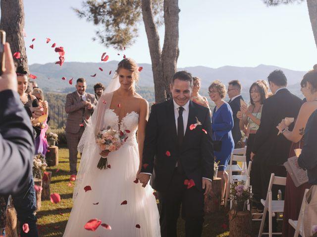 La boda de Didac y Anaïs en Sant Marti De Tous, Barcelona 21