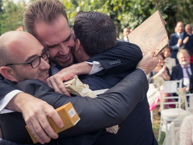 La boda de Teo y Raquel en Fuentes De Andalucia, Sevilla 16