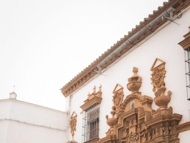 La boda de Teo y Raquel en Fuentes De Andalucia, Sevilla 20