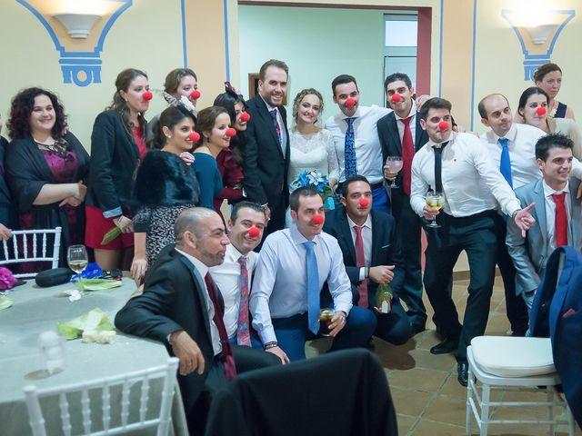 La boda de Teo y Raquel en Fuentes De Andalucia, Sevilla 26