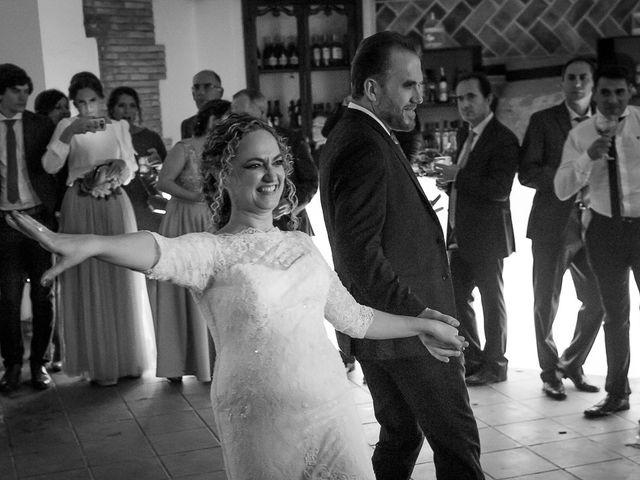 La boda de Teo y Raquel en Fuentes De Andalucia, Sevilla 29