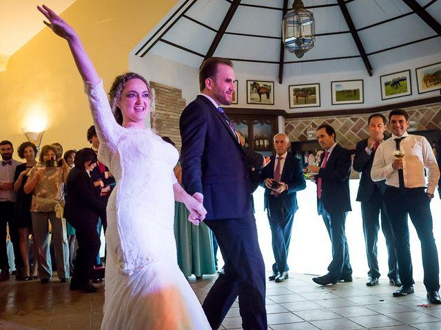 La boda de Teo y Raquel en Fuentes De Andalucia, Sevilla 30