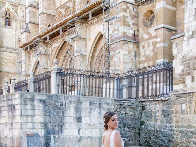 La boda de Miguel y Sara en Garrafe De Torio, León 4