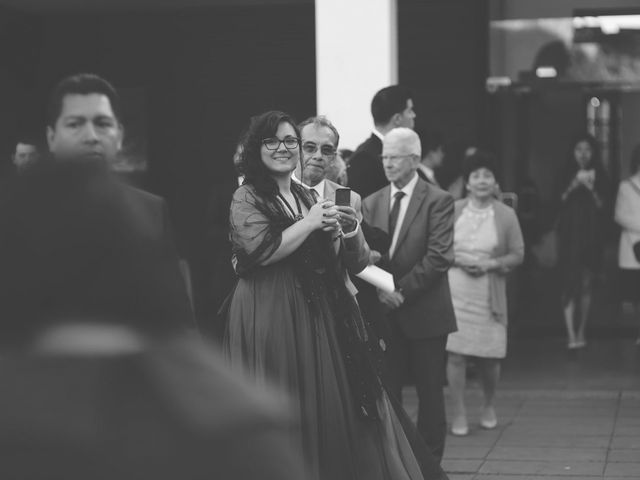 La boda de Christian y Yun en Sant Fost De Campsentelles, Barcelona 63