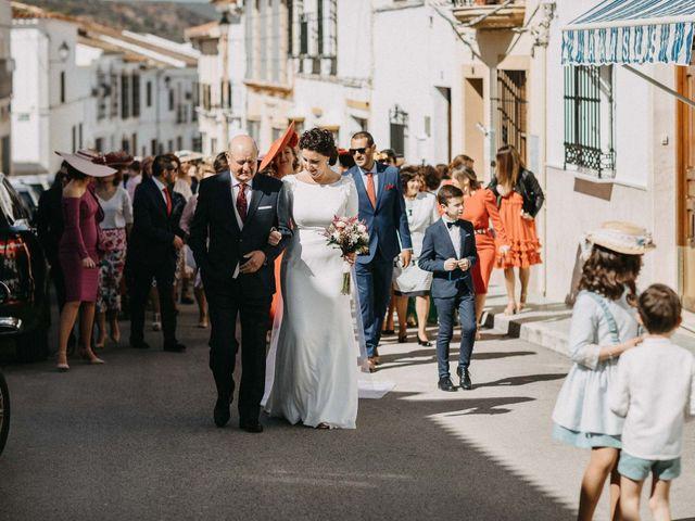 La boda de Antonio y Charo en Los Corrales, Sevilla 24