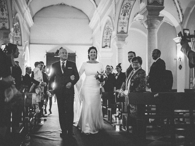 La boda de Antonio y Charo en Los Corrales, Sevilla 31