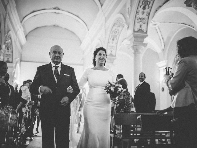La boda de Antonio y Charo en Los Corrales, Sevilla 33