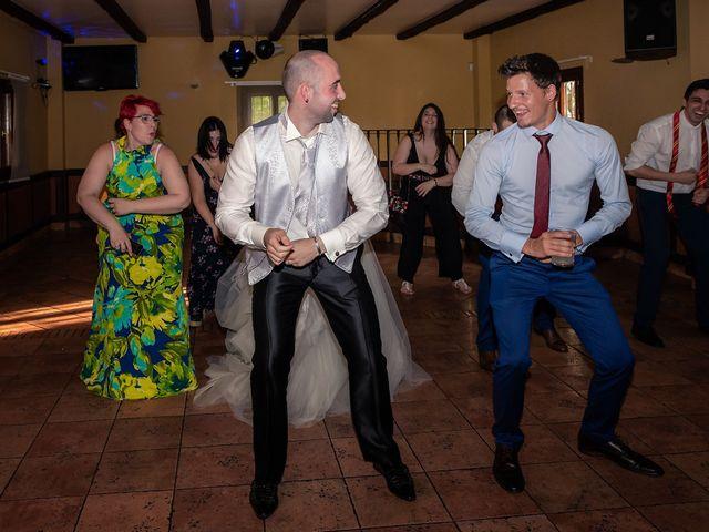 La boda de Jon Ander y Yasmin en Etxebarri, Vizcaya 20