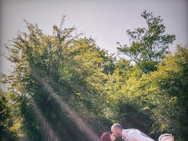 La boda de Jon Ander y Yasmin en Etxebarri, Vizcaya 26