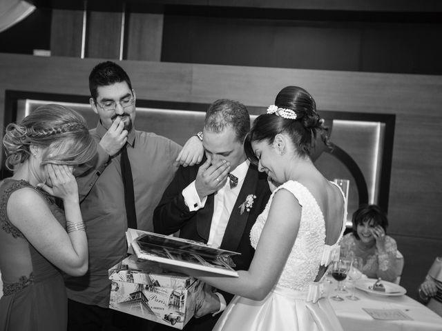 La boda de Rodrigo y Montse en Azadinos, León 44
