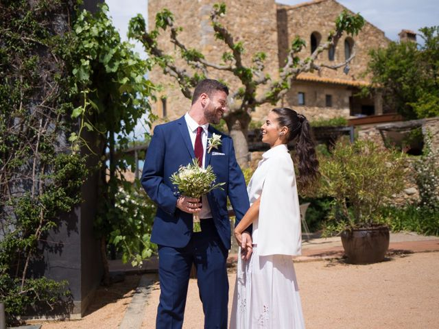 La boda de Tal y Ben en La Bisbal d'Empordà, Girona 18