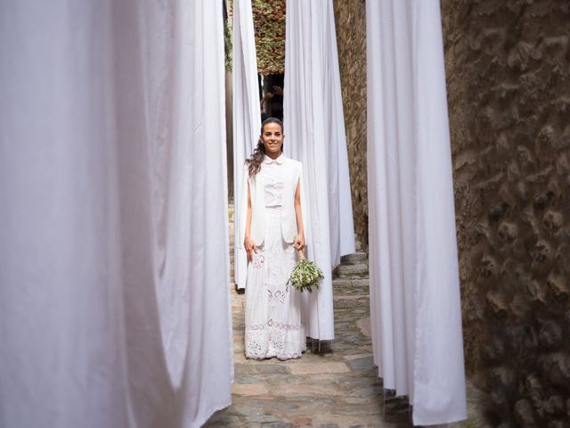 La boda de Tal y Ben en La Bisbal d'Empordà, Girona 22