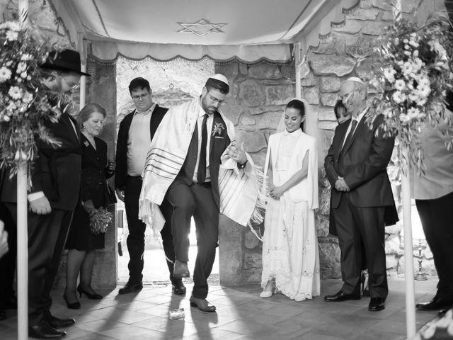 La boda de Tal y Ben en La Bisbal d'Empordà, Girona 28