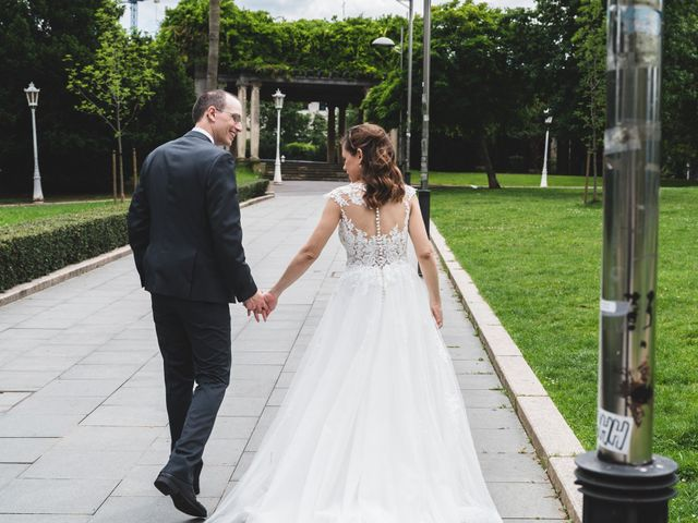 La boda de Gaizka y Melissa en Bilbao, Vizcaya 34
