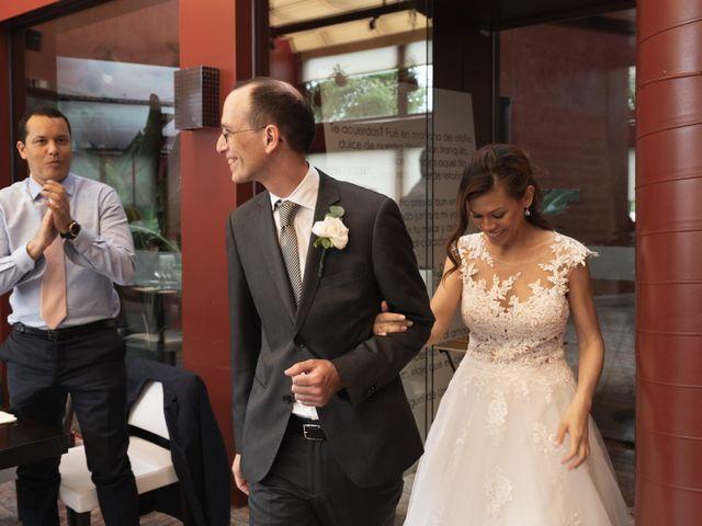 La boda de Gaizka y Melissa en Bilbao, Vizcaya 44