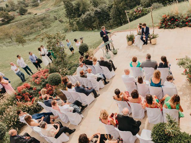 La boda de Ivan y Juncal en Pueblo Zizurkil, Guipúzcoa 57