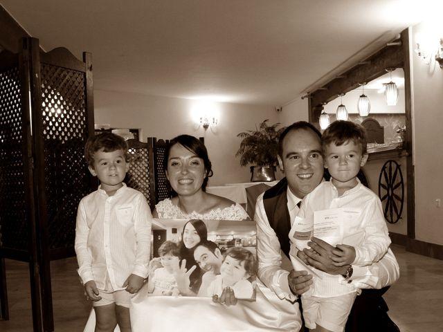 La boda de Iñigo  y Idoia   en Eibar, Guipúzcoa 10