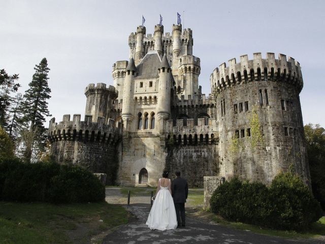 La boda de Iñigo  y Idoia   en Eibar, Guipúzcoa 21