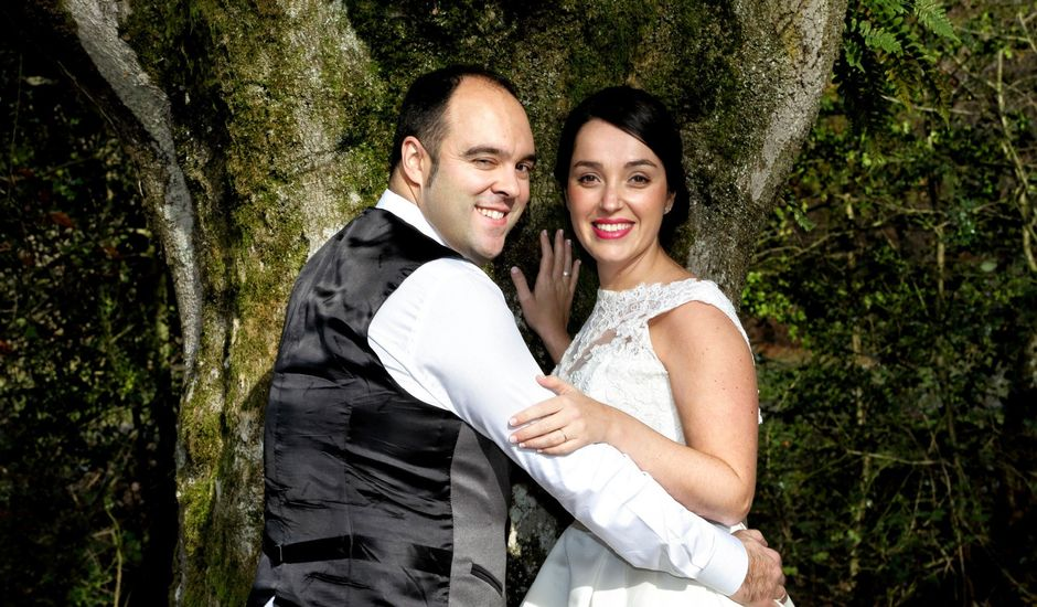 La boda de Iñigo  y Idoia   en Eibar, Guipúzcoa