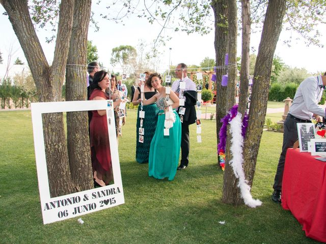 La boda de Antonio y Sandra en Cubas De La Sagra, Madrid 10