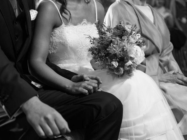 La boda de Adrián y Cristina en Telleiro, A Coruña 22