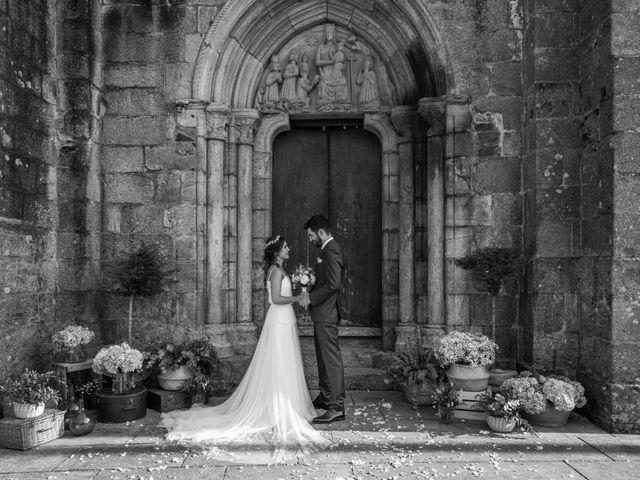 La boda de Adrián y Cristina en Telleiro, A Coruña 25