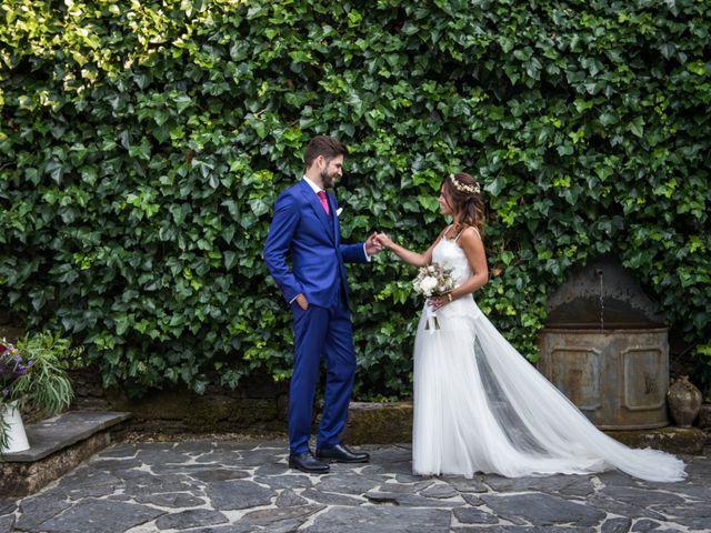 La boda de Adrián y Cristina en Telleiro, A Coruña 30