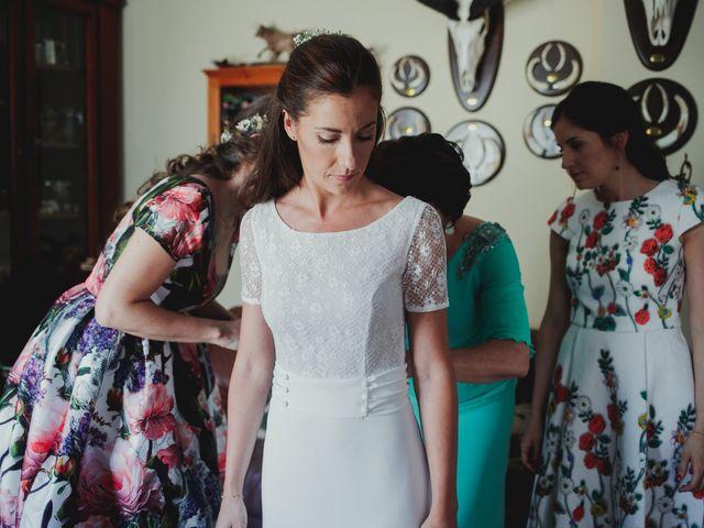 La boda de Luis y Elisa en Torremocha Del Jarama, Madrid 27