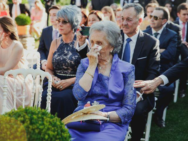 La boda de Luis y Elisa en Torremocha Del Jarama, Madrid 59