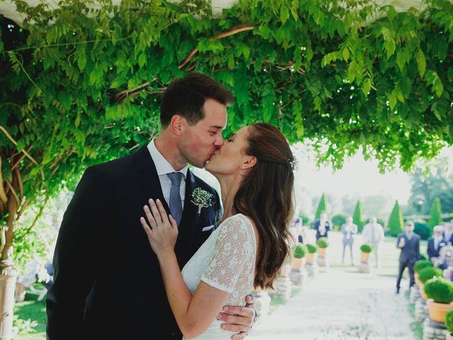 La boda de Luis y Elisa en Torremocha Del Jarama, Madrid 60