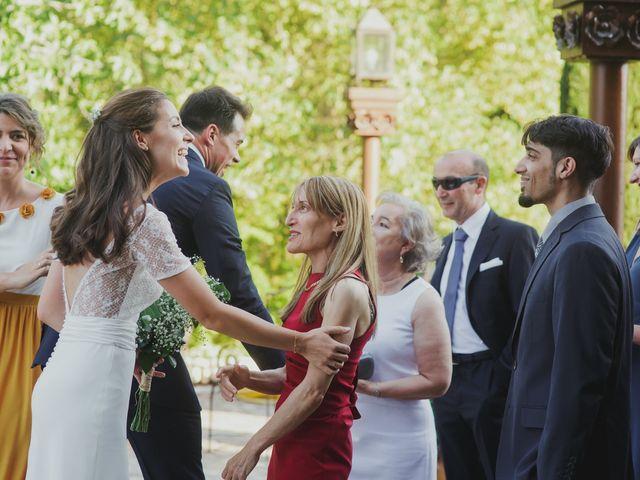 La boda de Luis y Elisa en Torremocha Del Jarama, Madrid 62