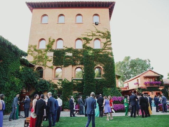 La boda de Luis y Elisa en Torremocha Del Jarama, Madrid 64