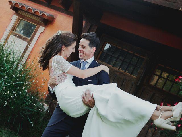 La boda de Luis y Elisa en Torremocha Del Jarama, Madrid 73